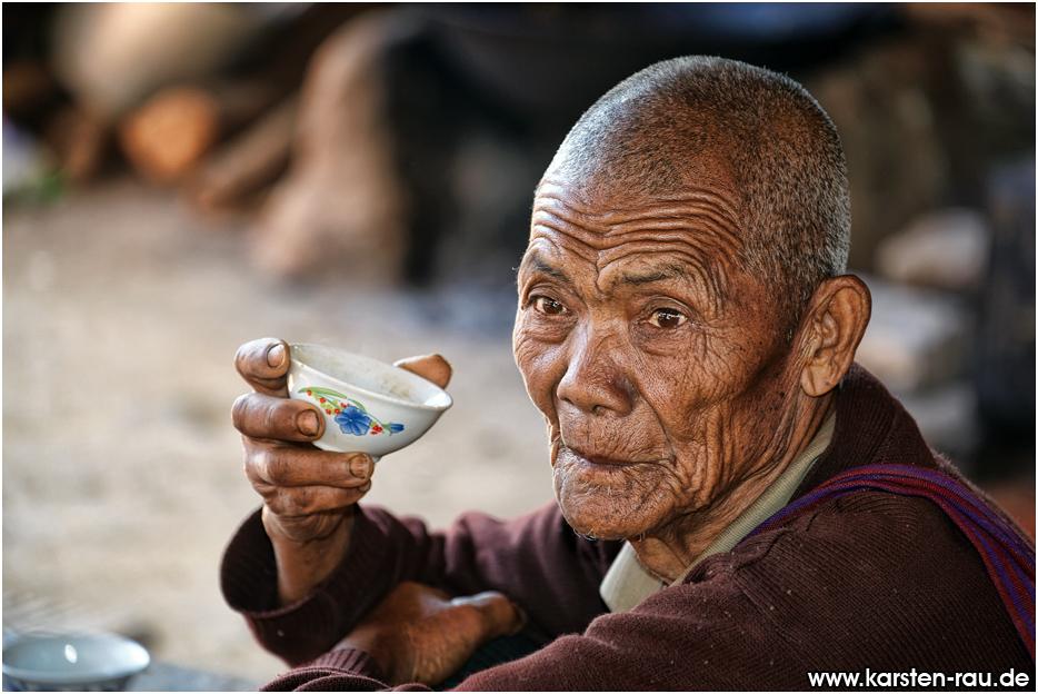 Myanmar old man fuck young girl